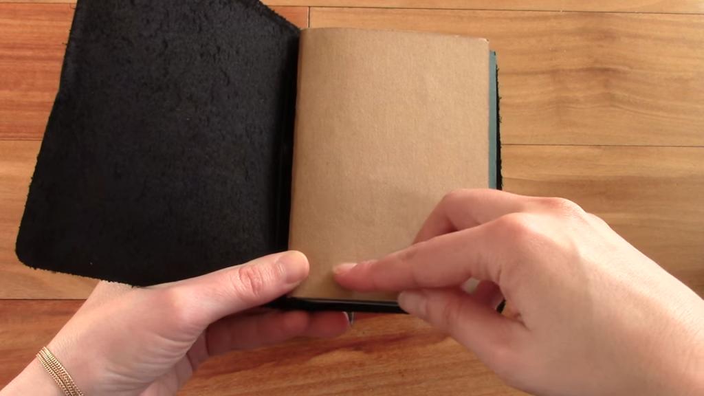 X17 Mindpapers vs Travelers Notebook Comparison 0 28 screenshot