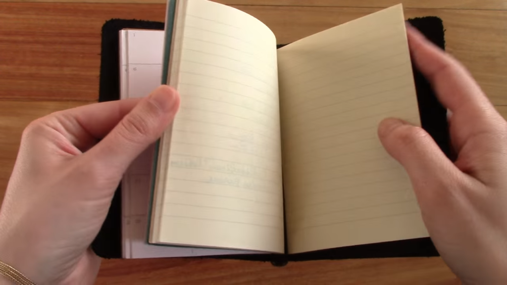 X17 Mindpapers vs Travelers Notebook Comparison 0 46 screenshot