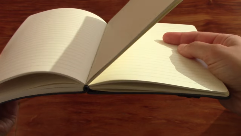 Red Co Notebook Review 3 17 screenshot