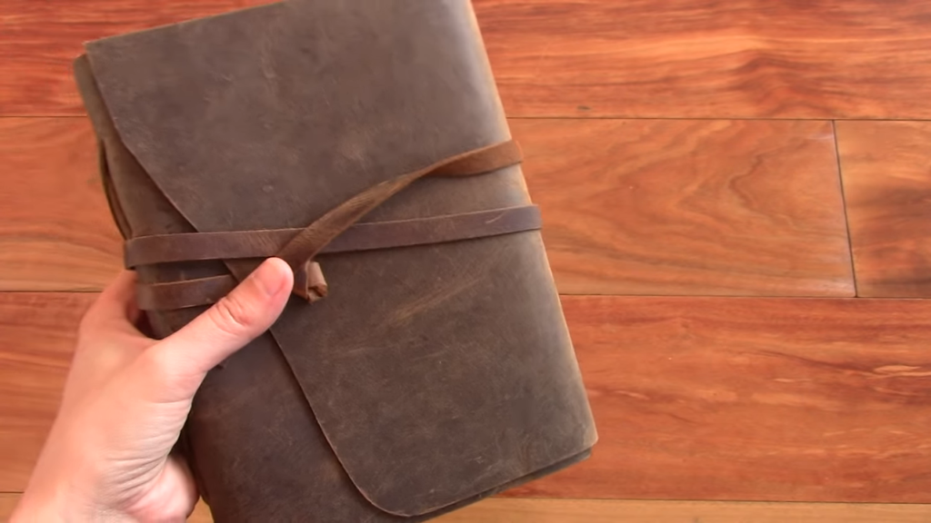 Moonster Leather Journal Review 6 38 screenshot