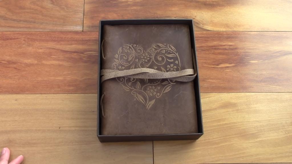 Leather Journal Review Moonster Heart Journal 0 28 screenshot