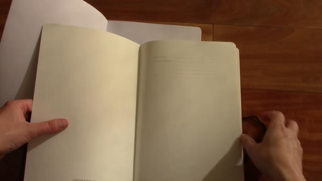 Leuchtturm 1917 v Artists Loft Notebook Comparison 3 1 screenshot