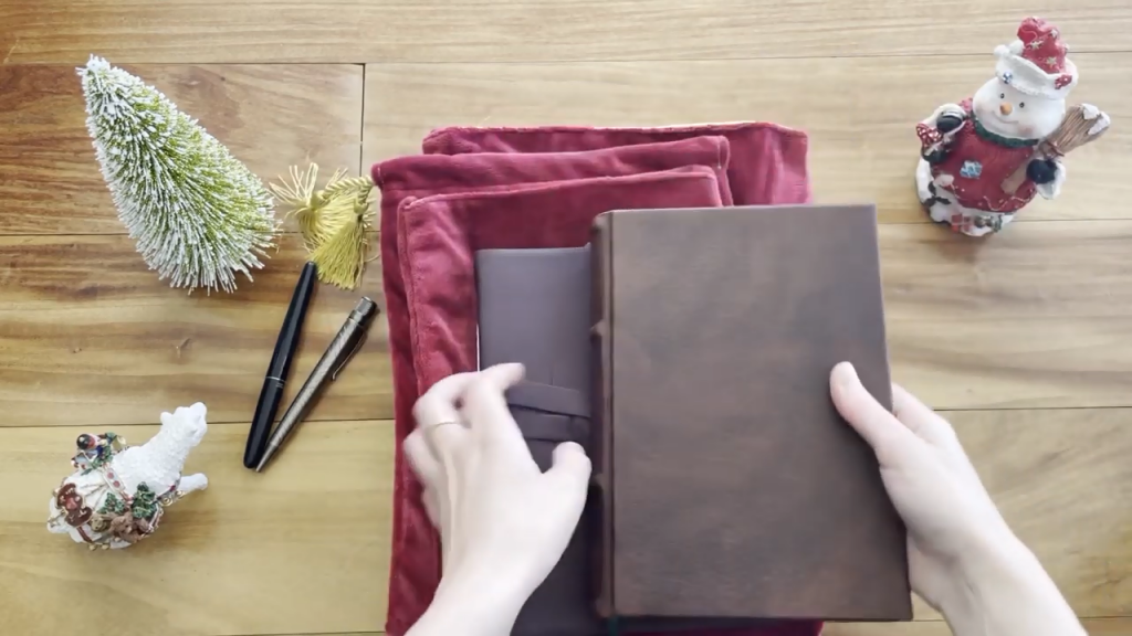 JOURNAL Lovers Holiday GIFT GUIDE 1 53 screenshot